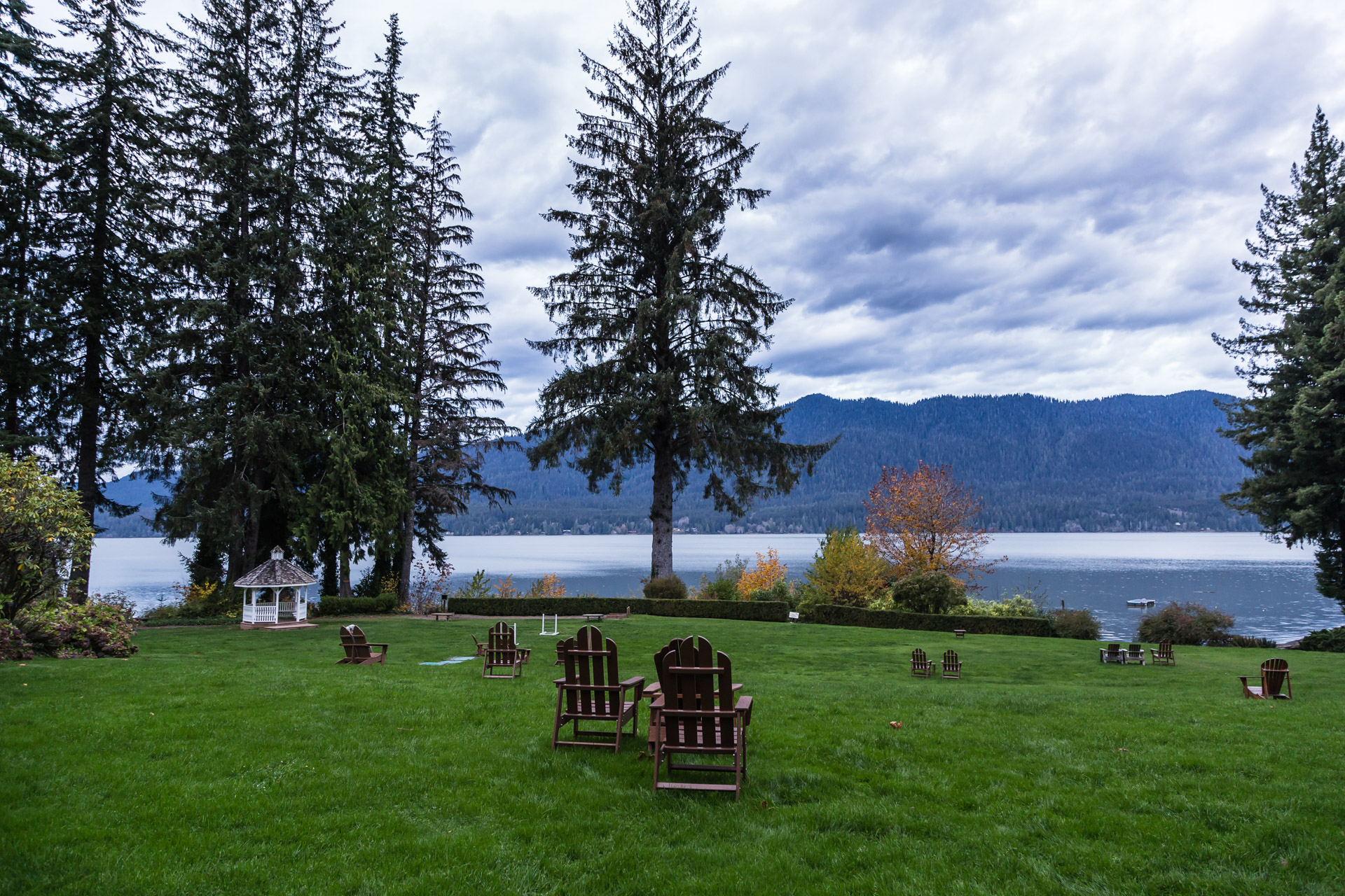 Lake Quinault (gazebo)